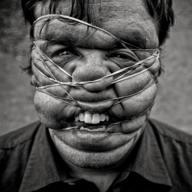 Rubber Band Face (copyright Phil Kneen)